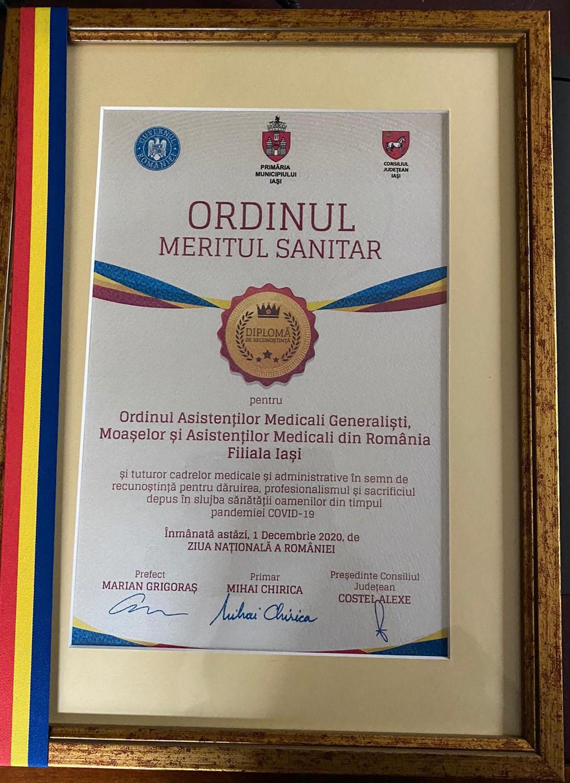 Ordinul Meritul Sanitar, pentru asistenții medicali și moașele din județul Iași